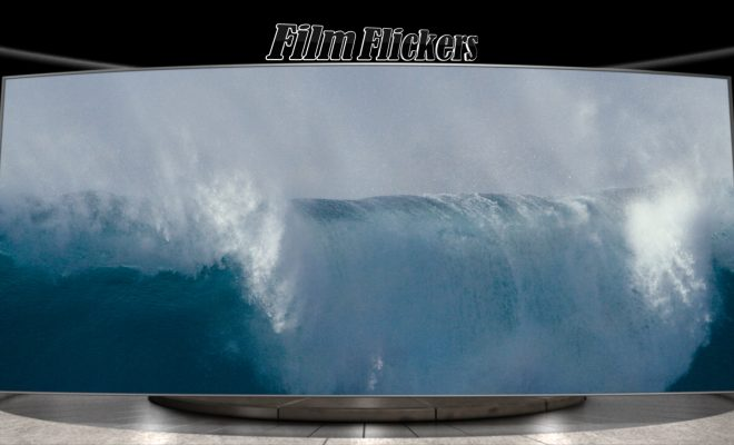 Image of big wave from ocean