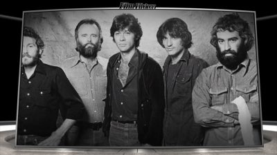 image of the Robbie Robertson and The Band taking a group photo